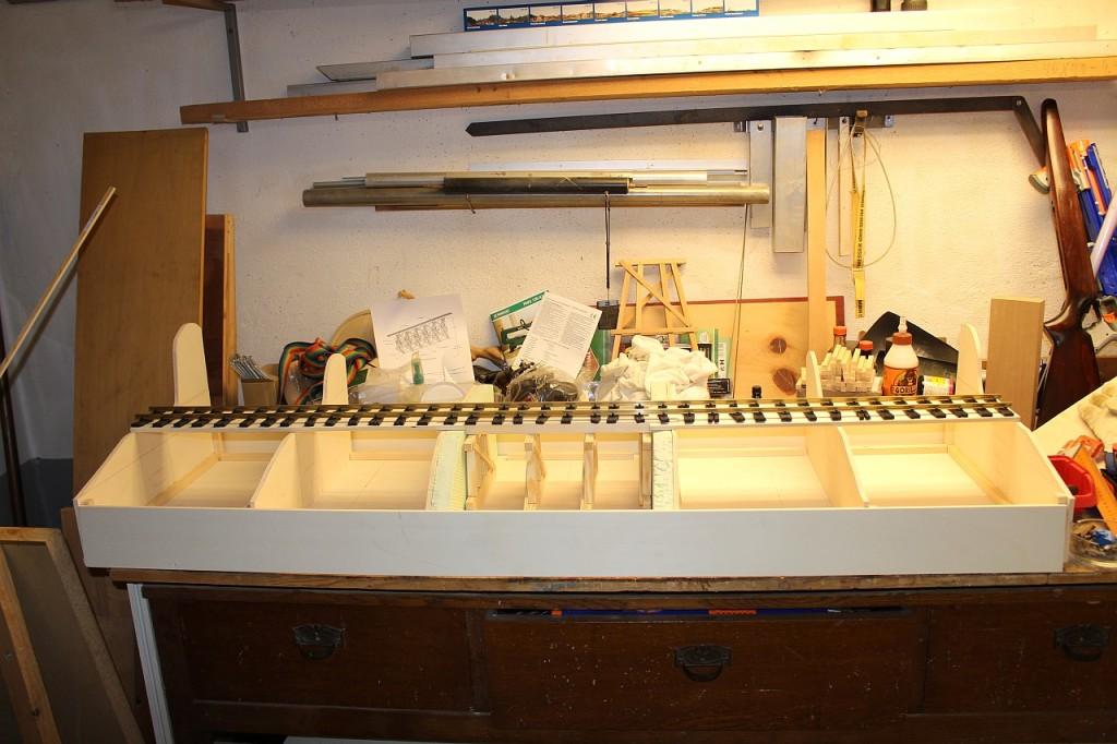 Stellprobe mit Kastenbasis und Gleis